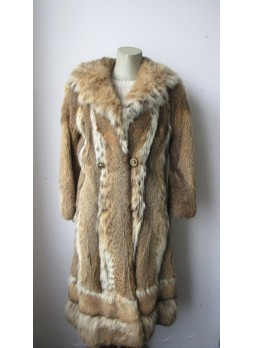 Vintage Canadian Lynx Fur Coat Women in Very Good to Mint Condition
